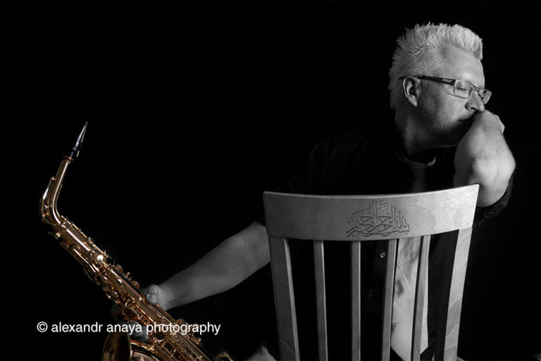 alexandr anaya photography sax player