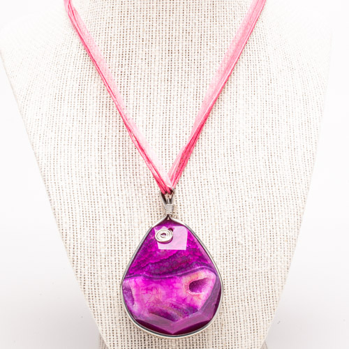 alexandr-anaya-photography-pink-stone